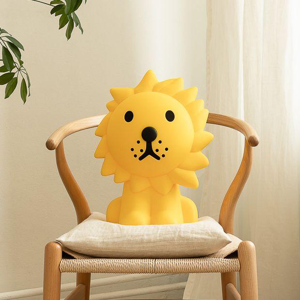 Kolom-01_lion_620_x_620