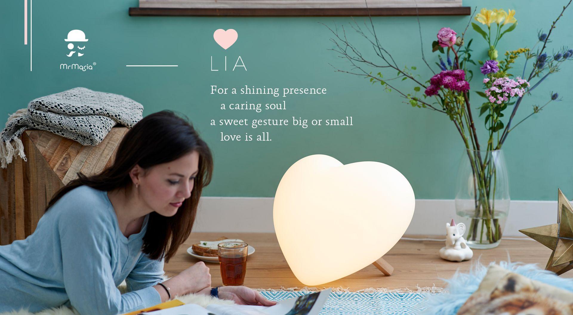 Mr Maria LIA - Heart lamp Love Is All